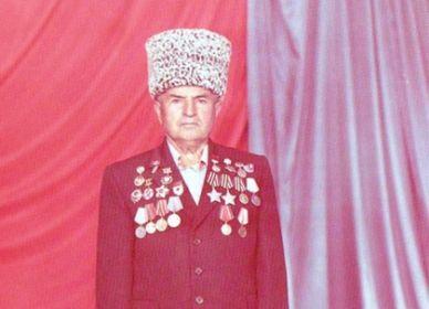 Золотая Звезда Канти Абдурахманова