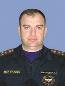 Яхьяев Руслан Хамадович,начальник Главного управления МЧС России по Чеченской республике