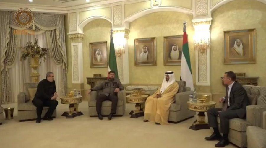 Руководитель Чечни находится сдружеским визитом вОАЭ