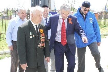 Единороссы организовали посадку «Аллеи Памяти».