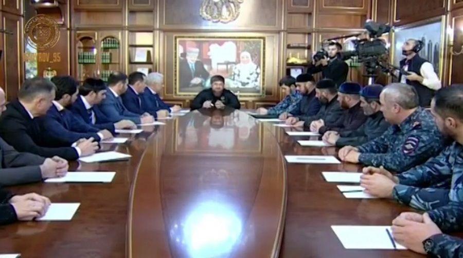 Глава ЧР провел совещание по вопросам улучшения качества работы руководства Грозного