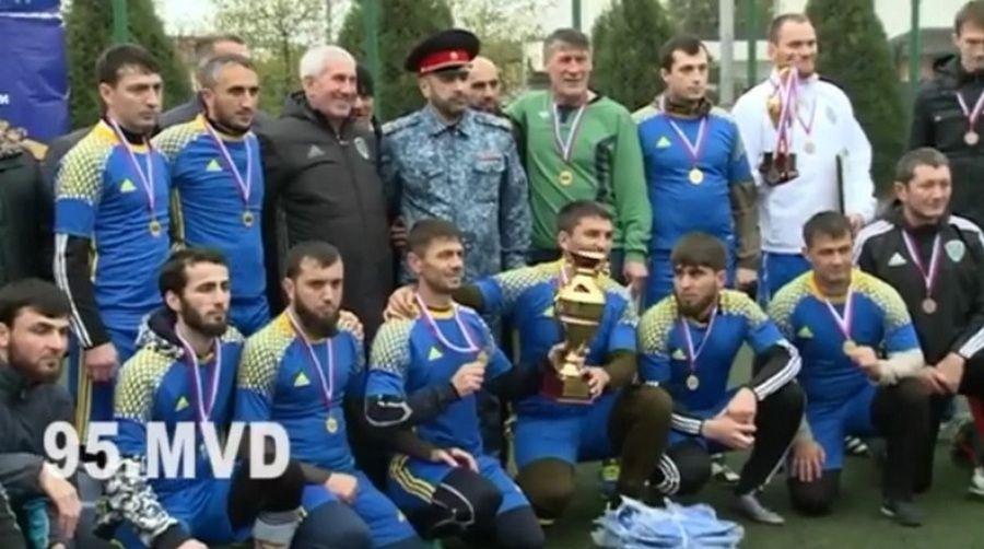 В Грозном провели мини-футбольный турнир, приуроченный ко Дню сотрудника органов внутренних дел