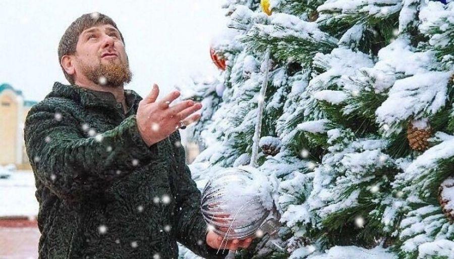 Дед Мороз пригласил Рамзана Кадырова к себе в гости