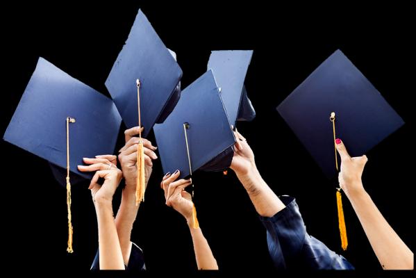 Почти 50% россиян считают недостаточным четырехлетнее обучение в вузах