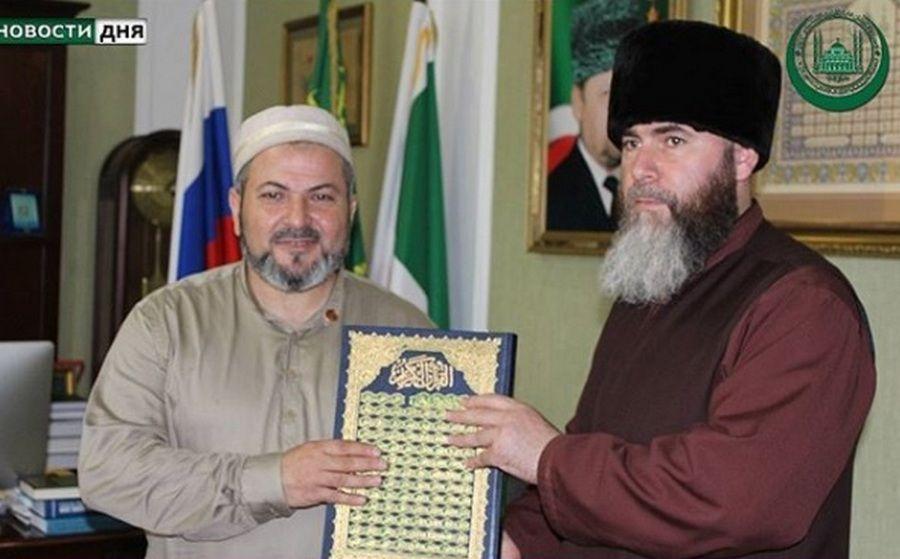 Муфтий ЧР провел встречу с потомком Пророка Мухаммада