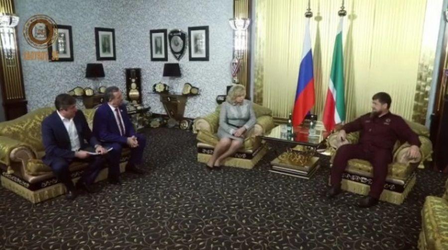Москалькова повстречалась с 2-мя жителями Чечни, которых вСМИ называли пропавшими