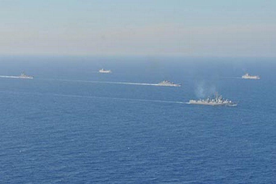 """ТАСС: Корабль Черноморского флота столкнулся в Черном море с судном """"Ашот-7"""""""