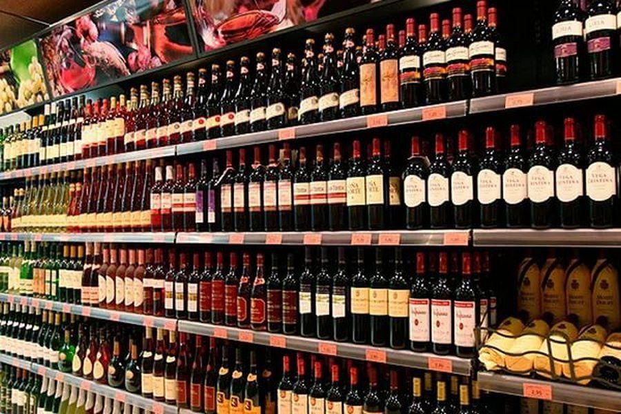 Минфину РФ поручили повысить цену на алкоголь