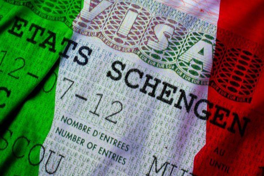 Жители Чечни могут оформить визу в Италию у себя в регионе