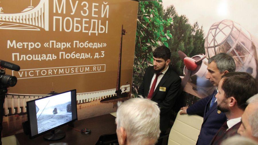 Грузчик в аэропорту Шереметьево пытался похитить почтовые отправления под прицелом видеокамер