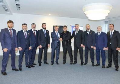 Р. Кадыров поздравил В. Володина с выдвижением на пост спикера Госдумы