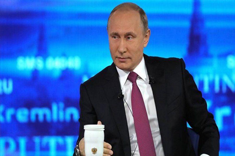 Президент России ответил на вопрос про низкие зарплаты