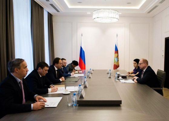 Лев Кузнецов встретился с генеральным директором Ассоциации европейского бизнеса Франком Шауффом