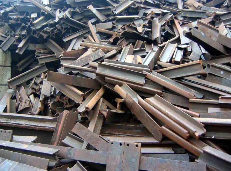 Житель Чечни незаконно перевозил лом черного металла