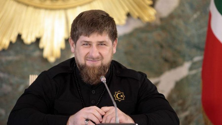 Рамзан Кадыров поздравил медработников с профессиональным праздником