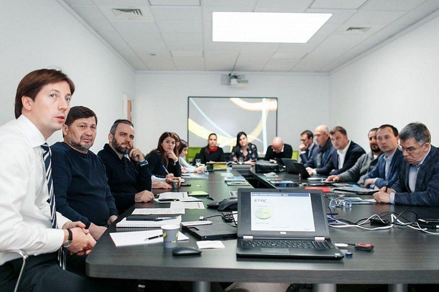 Одес Байсултанов обсудил с представителями POMA S.A.S. план действий в рамках создания совместного предприятия