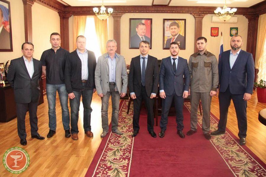 Ортопеды из Санкт-Петербурга прооперируют больных в Грозном