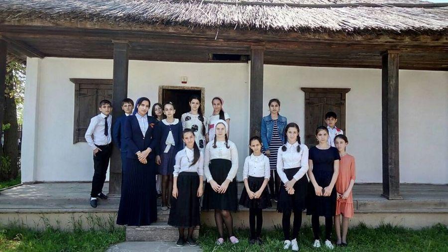 Школьники познакомились с жизнью и творчеством Льва Толстого