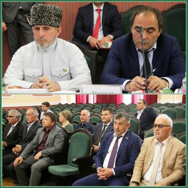 Чеченские депутаты принимают активное участие в воспитании молодёжи