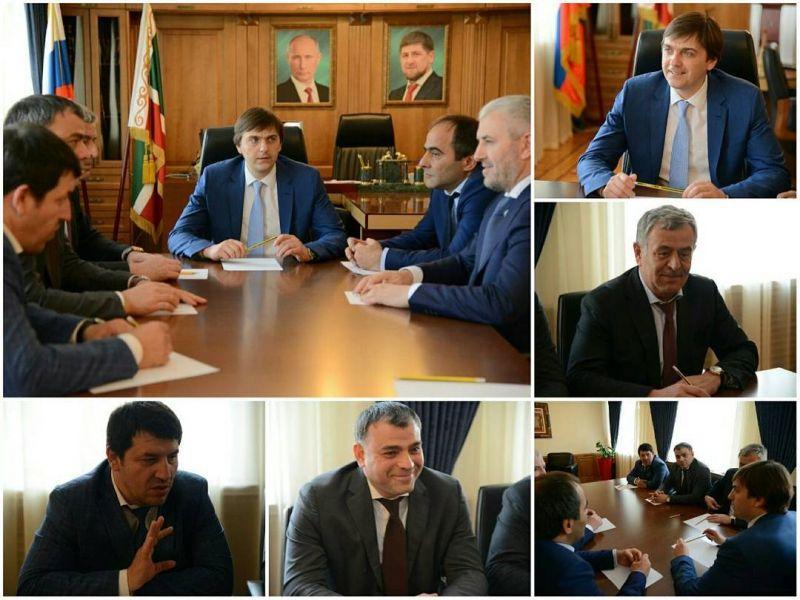 Руководитель Рособрнадзора С.Кравцов встретился с ректорами чеченских ВУЗов