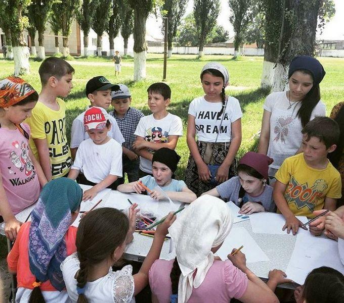 В школах Чечни откроются досуговые площадки на период каникул
