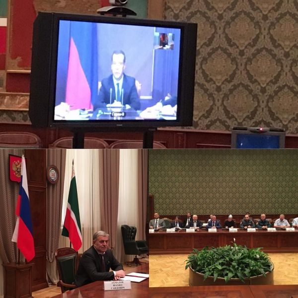 Медведев проведет совещание по организации летнего отдыха детей