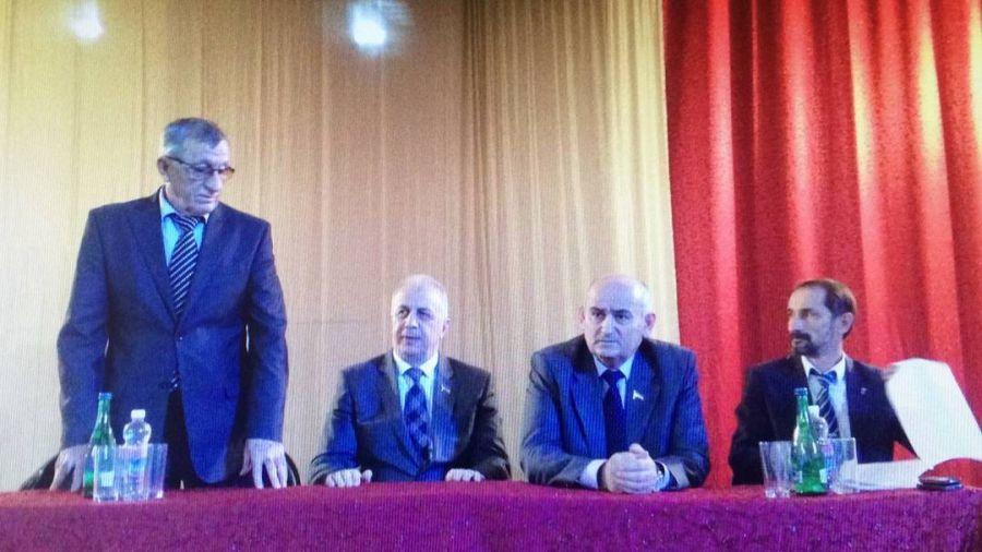 Парламентарии ЧР встретились с жителями ст. Ильиновская