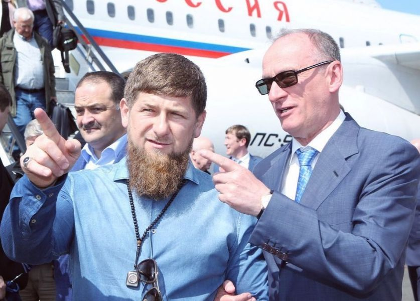 Р. Кадыров поздравил сотрудников аппарата Совбеза РФ с 25-летием