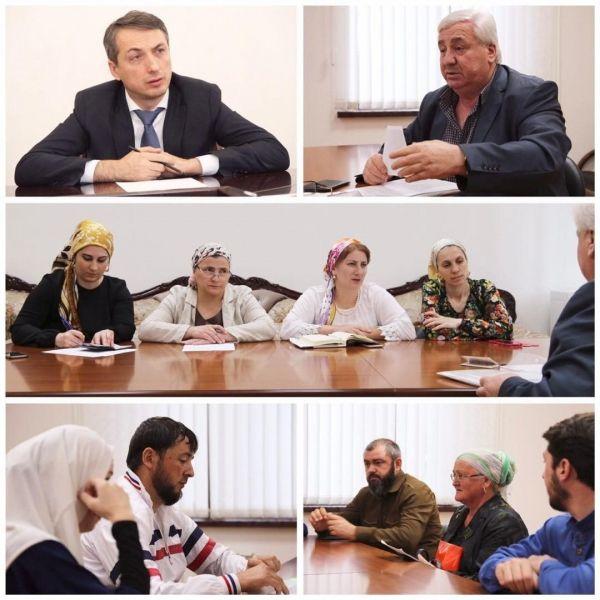 Министр здравоохранения Чечни принял участие в работе общественной приемной