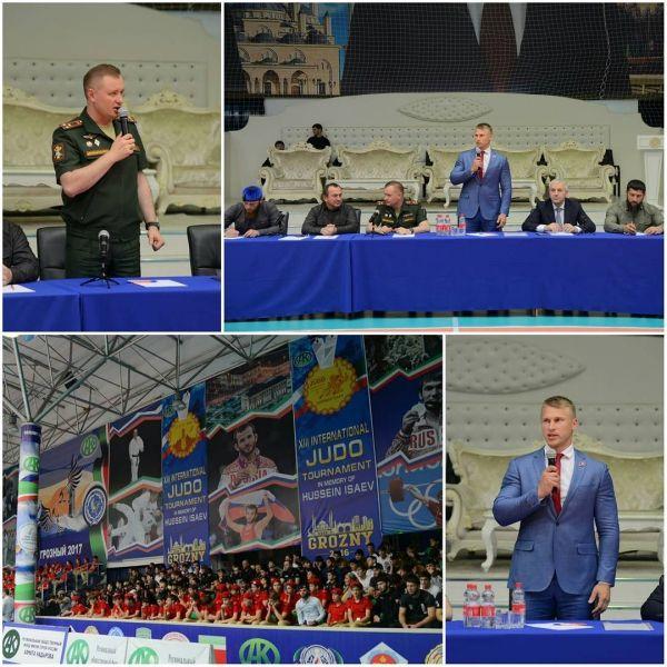 «Юнармейцы» Чечни встретились с федеральным руководством