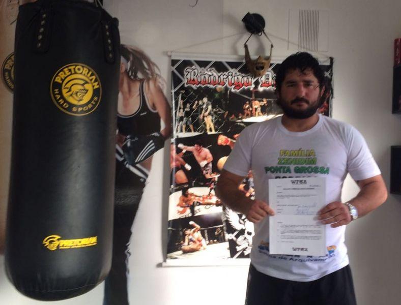 WFCA заключил контракт с бразильским бойцом Жозе Родриго Гелке