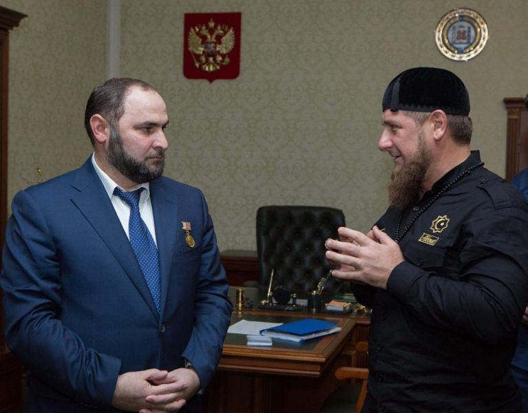 Рамзан Кадыров поздравил министра финансов ЧР с днем рождения