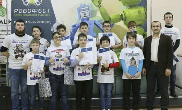 """Робототехники из Чечни примут участие во Всероссийском конкурсе """"Hello,robot"""""""