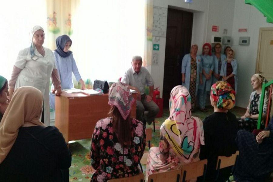 Депутат Веденского района посетил детский сад с.Махкеты