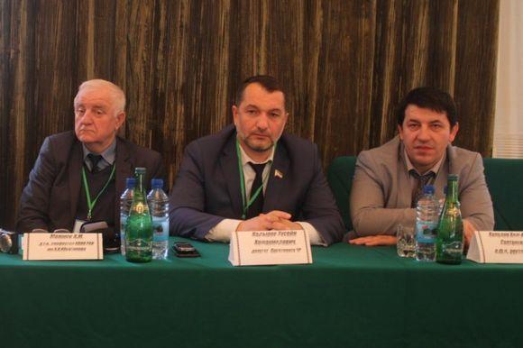 Хусейн Кадыров принял участие в конференции в ЧГПУ