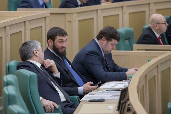 Председатель Верховного Совета Хакасии участвует в совещании Совета законодателей