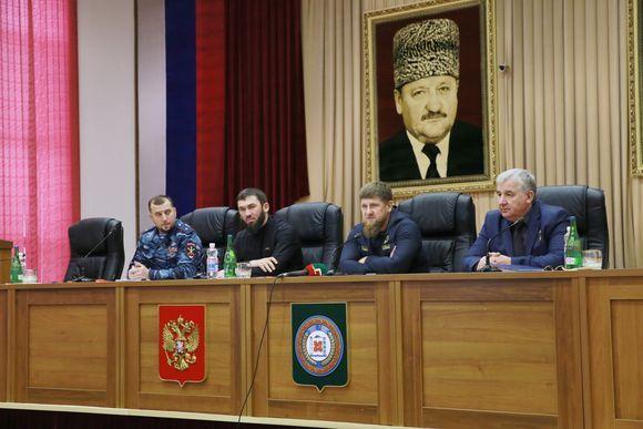 Рамзан Кадыров провел совещание с участием начальников районных и городских отделов МВД