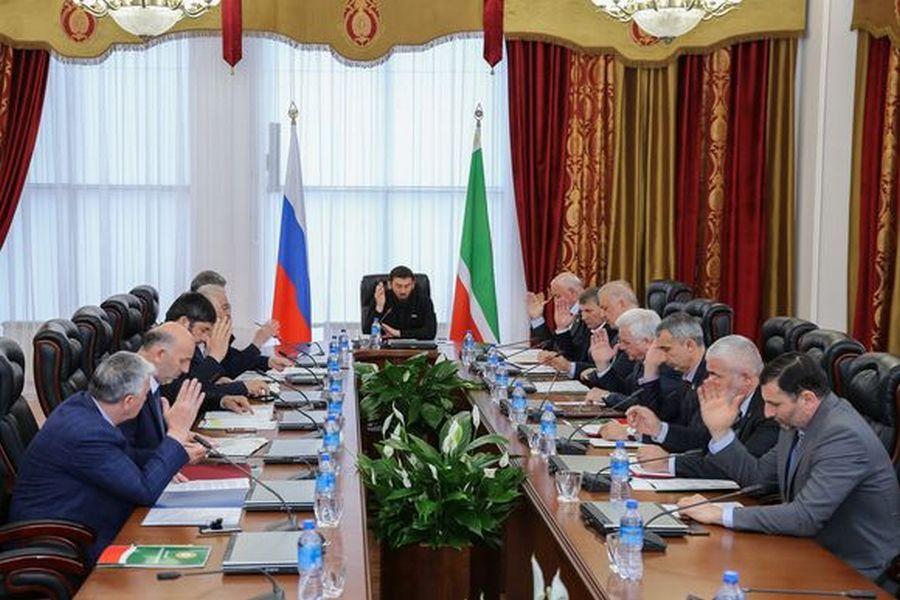 В Парламенте ЧР прошло 16-е заседание Совета