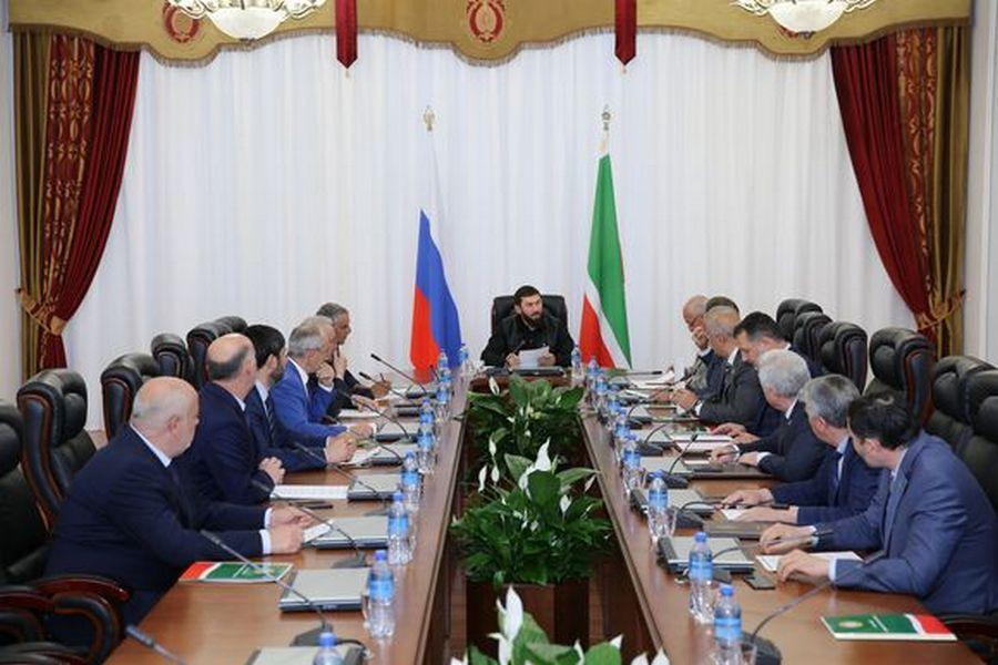 Магомед Даудов провёл 17-е заседание Совета Парламента ЧР