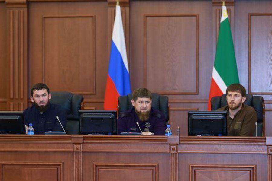 Глава Чечни принял участие в закрытии весенней сессии Парламента ЧР
