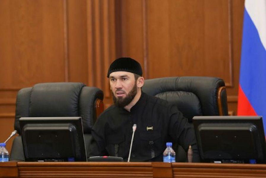 Магомед Даудов провёл совещание в Парламенте ЧР