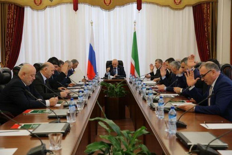 В Грозном состоялось 33-е заседание Совета Парламента ЧР