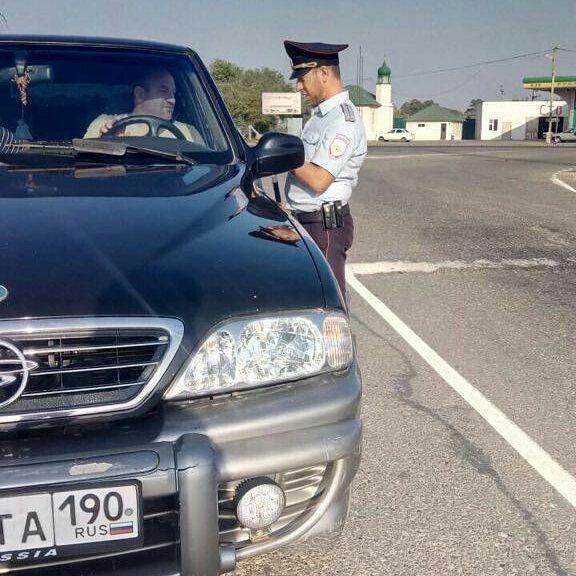 На дорогах трех районов Чечни за сутки выявлено 35 правонарушений