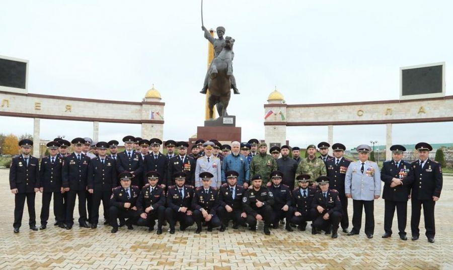 В Грозном почтили память погибших при исполнении служебного долга сотрудников правопорядка