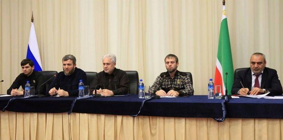 В мэрии Грозного провели расширенное совещание по теме борьбы с антиобщественными проявлениями