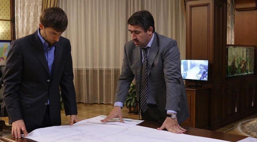 Вопросы реконструкции инженерных коммуникаций в Шали обсудили А. Эдельгериев и М. Зайпуллаев