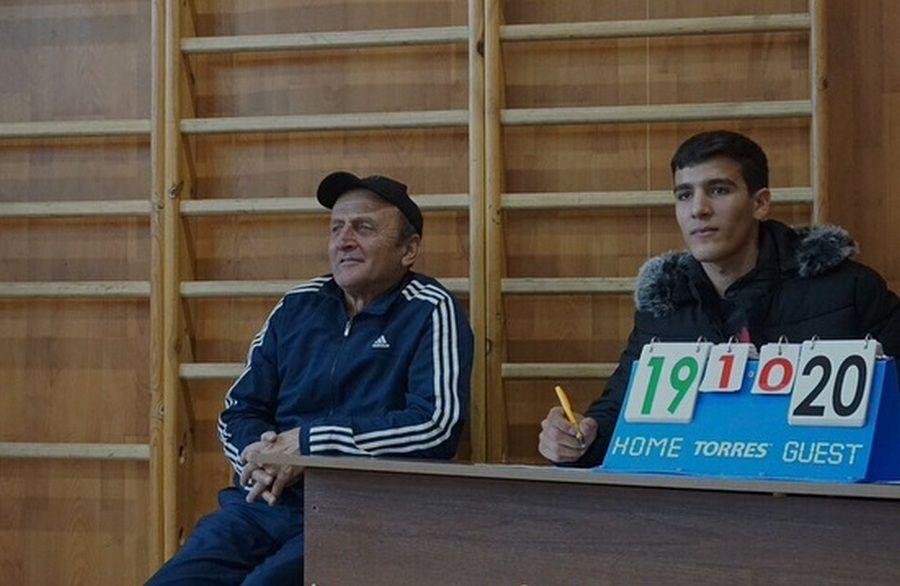 Городской турнир по волейболу среди девушек прошел в ЧГПУ