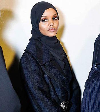 Модель в хиджабе покорила миланский подиум