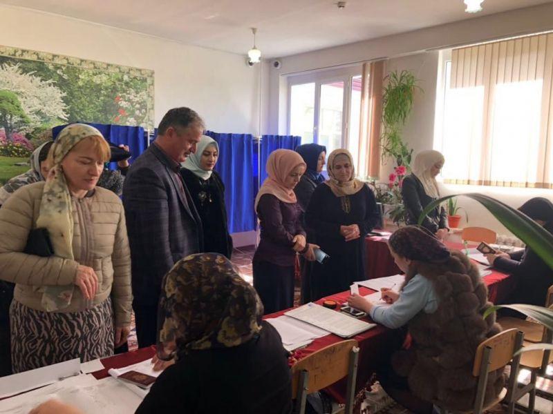 В Чечне сформирована эффективная система общественного контроля за выборами – Алу Каримов