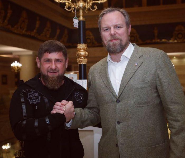 «Промсвязьбанк» строит в Чечне православный храм и коттеджные дома